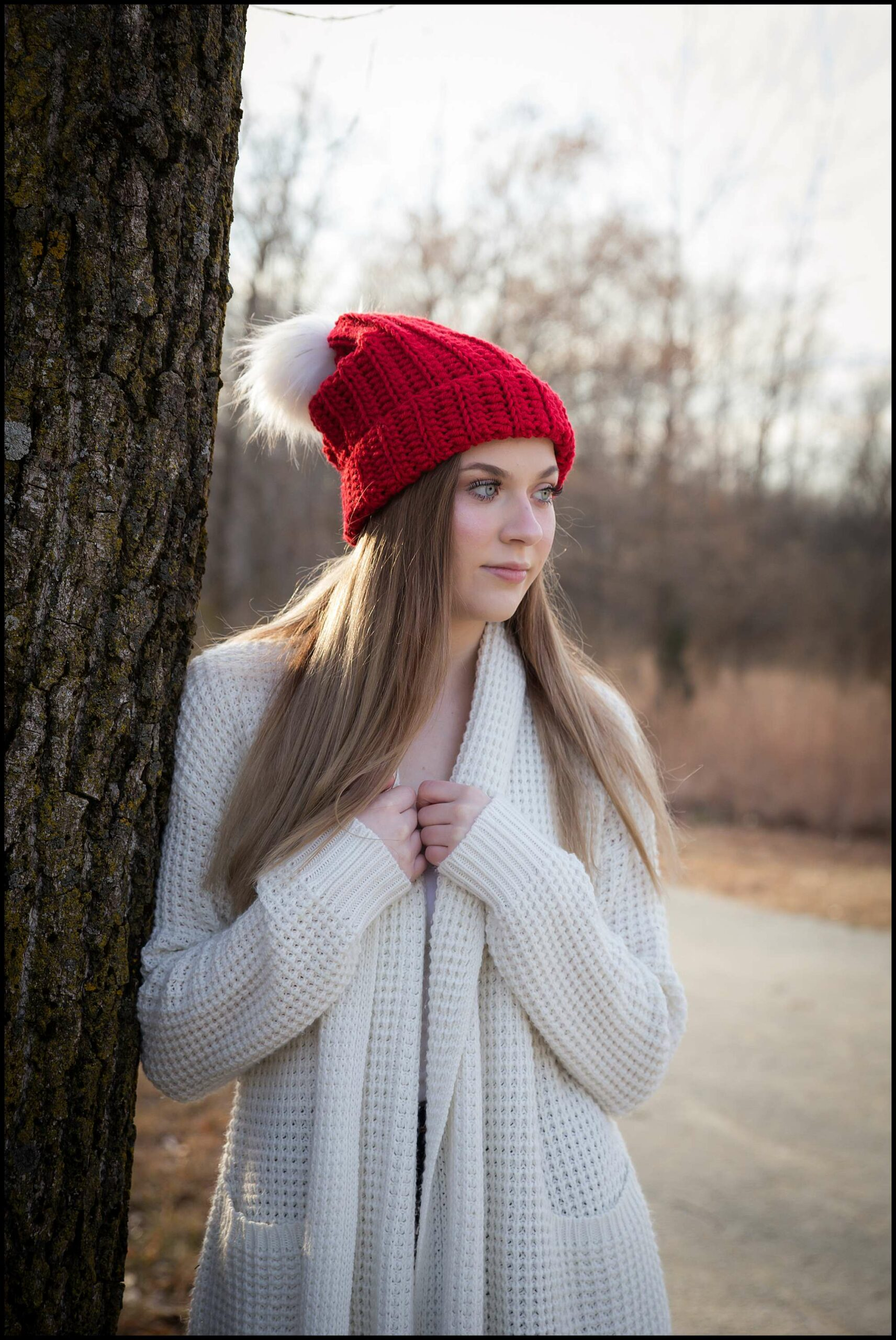 red-winter-hat-photography-model_0014